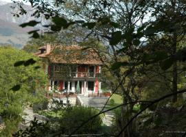 Casa Escuela de Torin, Torín (Cardes yakınında)