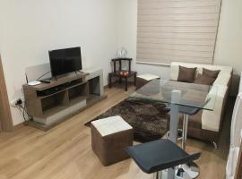Brand new Suite in North Central Quito, Quito (Hacienda Mera yakınında)