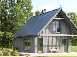 Piesta Kuusikaru farm, Kullimaa (Kurgja yakınında)
