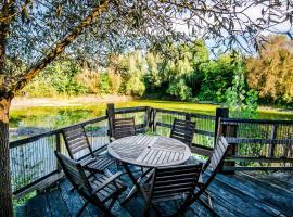 Chalet du lac, Gagnac-sur-Cère