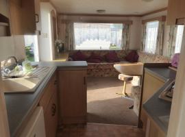2 bed economy caravan C33, Hunstanton (рядом с городом Heacham)