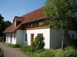 Holiday home Feriendorf Natur Pur 3, Bredenborn (Nieheim yakınında)