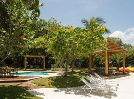 Seagrapes Five Bedroom Villa, Discovery Bay