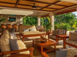Makana Seven Bedroom Villa, Defiance (Discovery Bay yakınında)