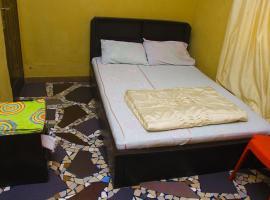 Adesuwa Royal Guest House (Abule Egba), Лагос (рядом с регионом Ifako/Ijaye)
