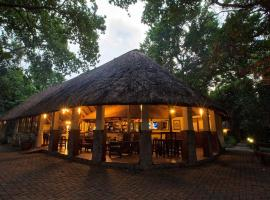 Island Safari Lodge, Maun (Near Moremi Game Reserve)