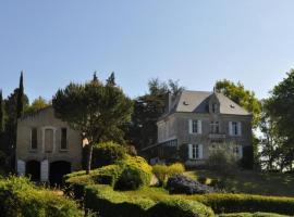 House Le ligneron, Coëx (рядом с городом La Chapelle-Hermier)