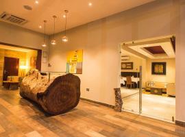 Earl Heights Suites Hotel