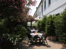 Hotel Bed and Breakfast Il Granaio Mantova, Porto Mantovano