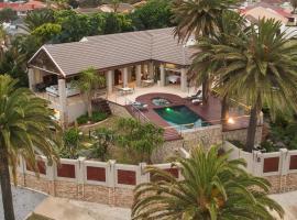 Island Way Villa