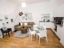 Beautiful apartment near the Charles Bridge by easyBNB