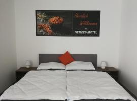 Nemetz-Motel, Böheimkirchen (Kapelln yakınında)