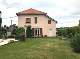 House Chez penouilh 1, Assat (рядом с городом Ousse)