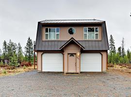 Whittier Home 16917, Three Rivers (in de buurt van La Pine)