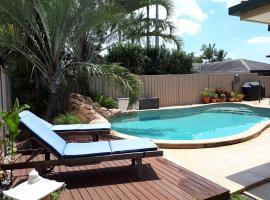 Suburban Oasis, Gold Coast (Tallebudgera yakınında)