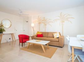Modern Apartment 100m to Beach