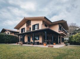 Villa Aurrekosolo by People Rentals, Menaka