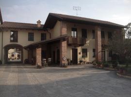 Al Calar Della Sera, Sommariva del Bosco (Sanfrè yakınında)