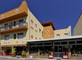 La Lanterna Hotel, Rometta Marea