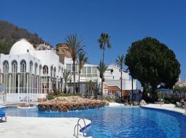 San Juan BLUEWATER, Nerja (El Molino yakınında)
