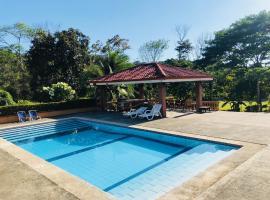 Villa Blanca, Quebrada Ganado