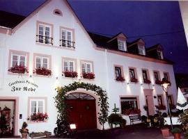 Gasthaus Zur Rebe, Mehring (Riol yakınında)