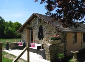 Little owl cottage, Aux Parcs