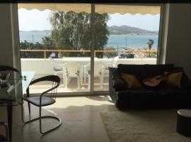 Beach Front Athens Riviera Flat, Палеа-Фокеа (рядом с городом Áyios Yeóryios)
