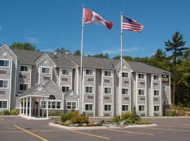 Parry Sound Inn and Suites, Parry Sound (Otter Lake yakınında)