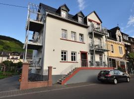 Apartments / Ferienwohnungen Moseluferstrasse, Neef (Bremm yakınında)