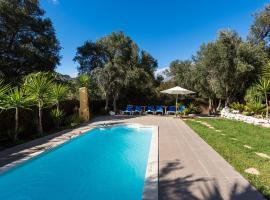 Bohemian Hideaway Finca - Exotic Retreat