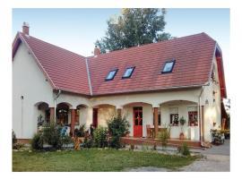 One-Bedroom Apartment in Tabdi, Tabdi (рядом с городом Kiskőrös)