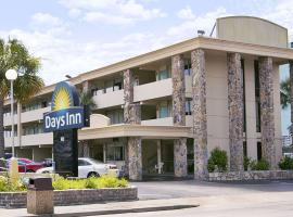 Days Inn by Wyndham Myrtle Beach-Beach Front