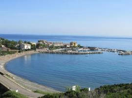 La Marine, Luri (рядом с городом Санта Севера)