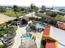 Sea Breeze Apartments, Pos Chiquito (Rooi Bosal yakınında)