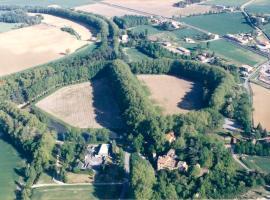 Spark's, Montferrand (рядом с городом Labastide-d'Anjou)