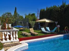 Villa Cami Baix d'Alella, Tiana (Montgat yakınında)