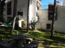 El Pinar, Miraflores de la Sierra, Мирафлорес-де-ла-Сьерра