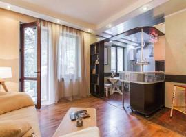 Studio-Apartment in Central Tbilisi, Тбилиси (рядом с городом Dighomi)