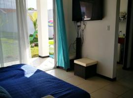 Casa privada frente al mar, Puntarenas (Loma yakınında)
