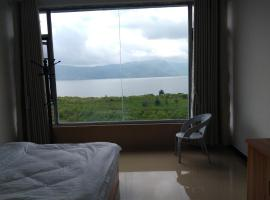Fuxian Lake Delin Guesthouse, Jiangchuan (Qinglong yakınında)
