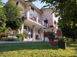 Garden's House, Pietrasanta (Riomagno yakınında)