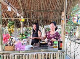 Chez Phuong, Ấp Phú Thạnh (2)