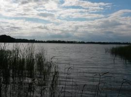 Dziki brzeg Jezioraka