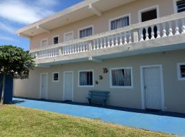 Blue Marine Apartamentos, Ilha Comprida (Vila Barra do Icapara yakınında)
