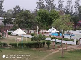 The 84 Swaraj, Бхаратпур (рядом с городом Luhāru)
