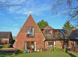 Greenviews West, Avebury (рядом с городом Winterbourne Monkton)