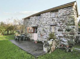 The Cottage, Llanllyfni
