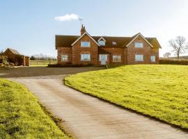 Poplar Farmhouse, Newborough