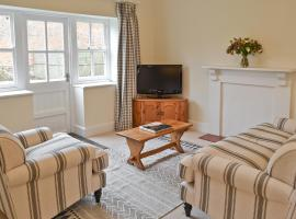 Courtyard Cottage, Middle Claydon